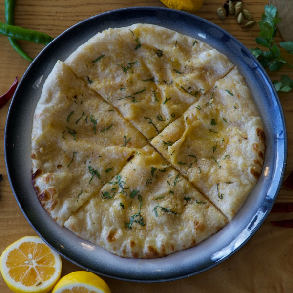Cheese-Garlic-Naan